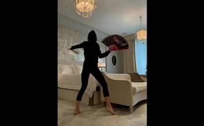 Kelly Ripa Flash dance XXX