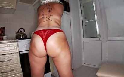 son caught his mother naked and gave her his cock in her mouth and fucked her in a big ass